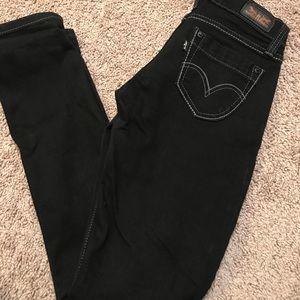 Levi Skinny Jeans.